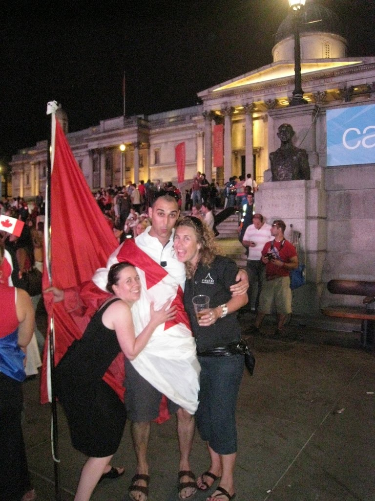 08London_canada_day_joe_girls_flag.jpg