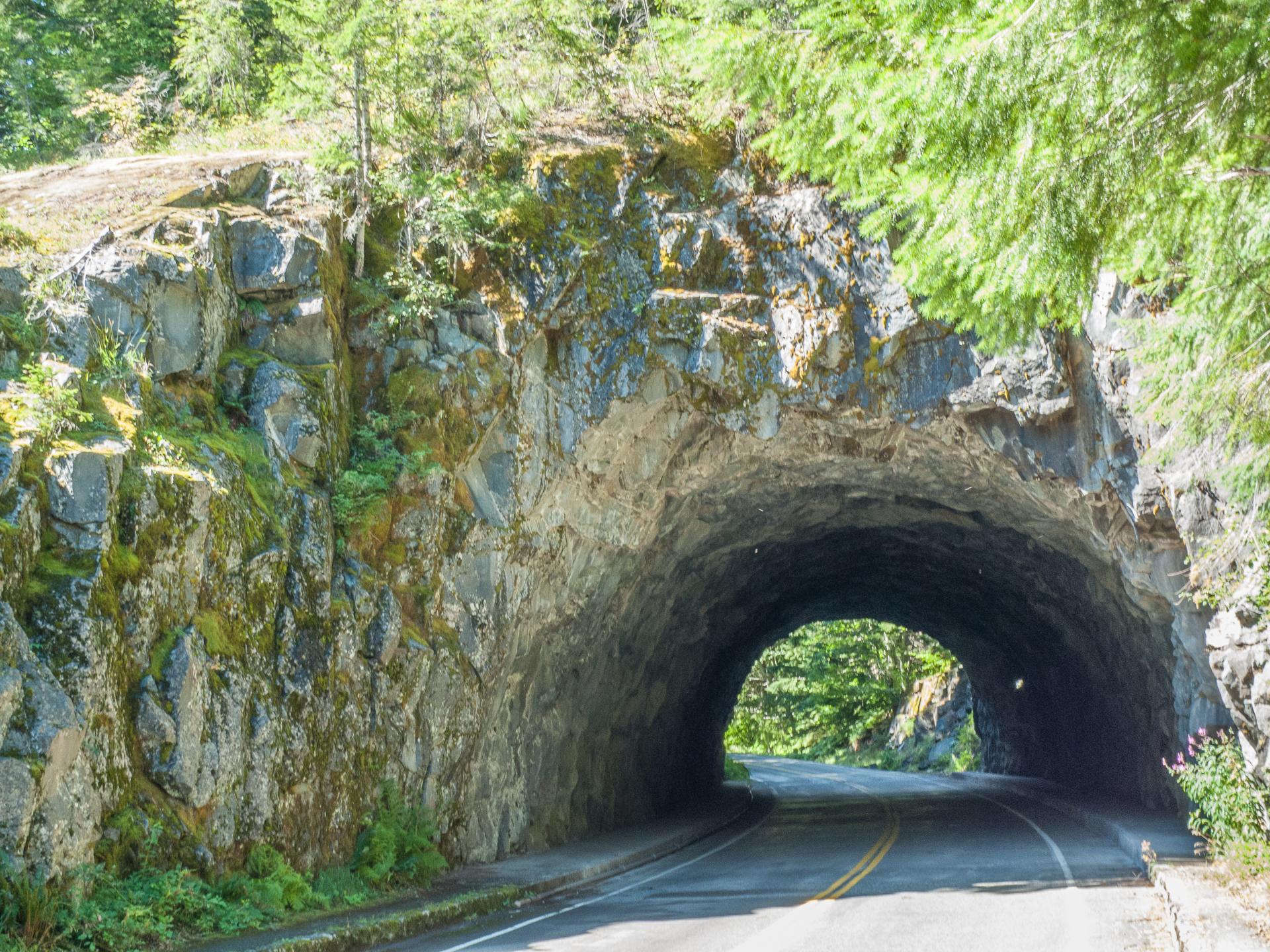 mount_rainier_tunnel