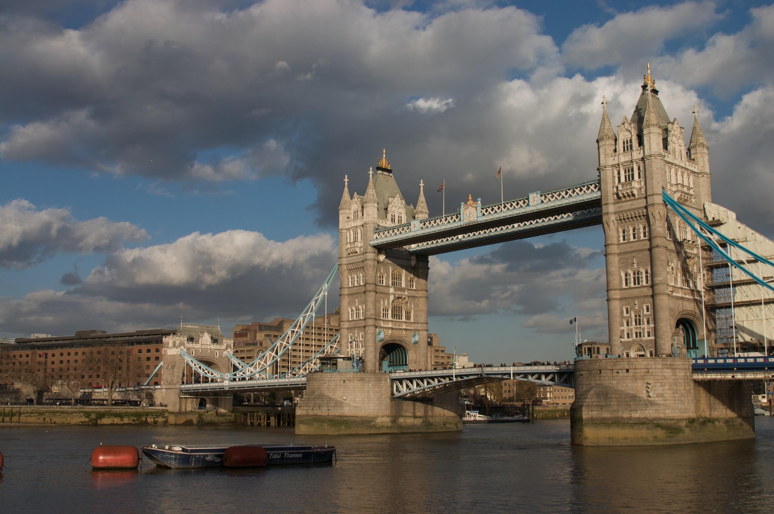 LondonBridge032009++2535+2-664451742-O.jpg