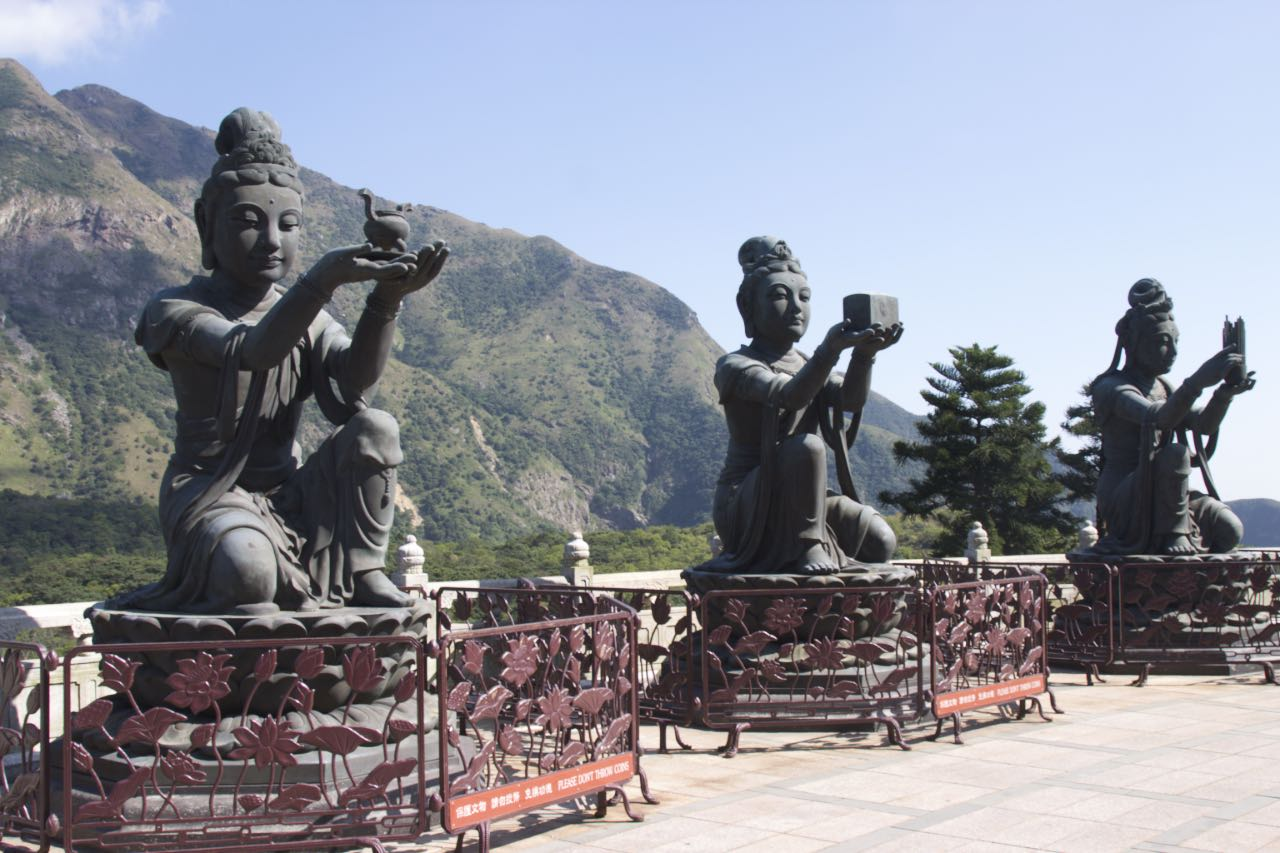 Statues near the Po Lin Buddha