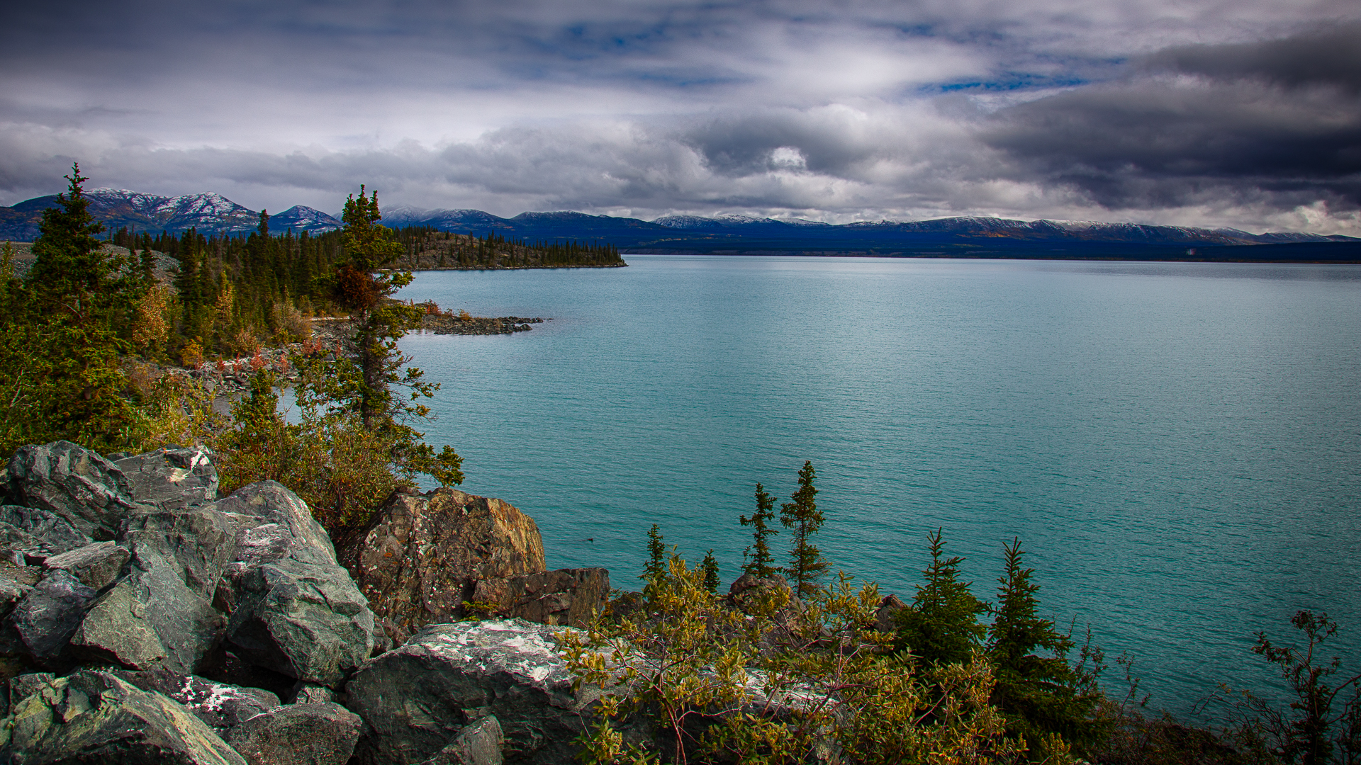 The view out over Kluane Lake