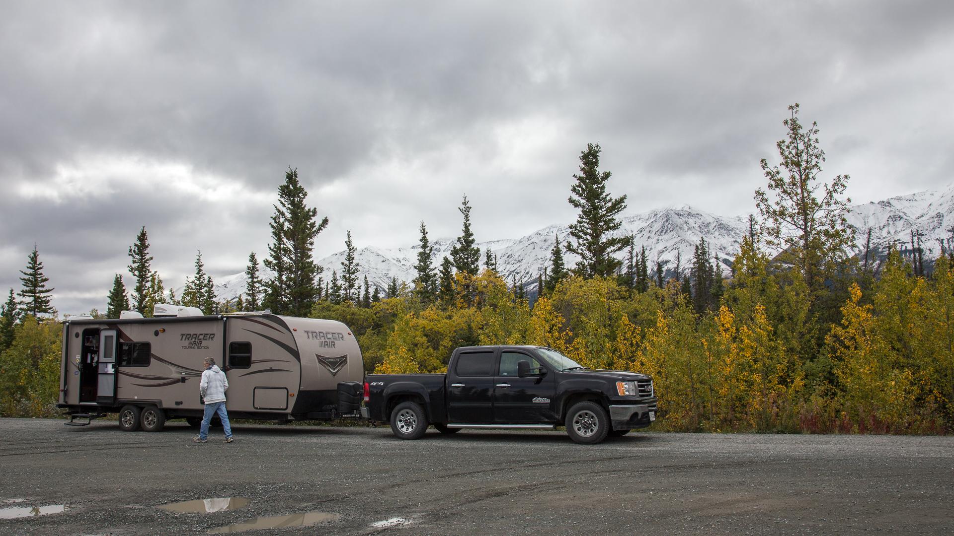 daves trailer kluane river