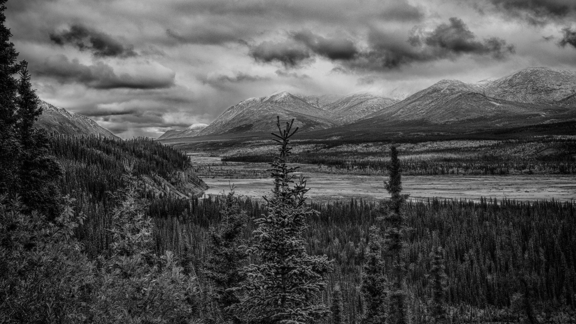 Yukon D9-34.jpg