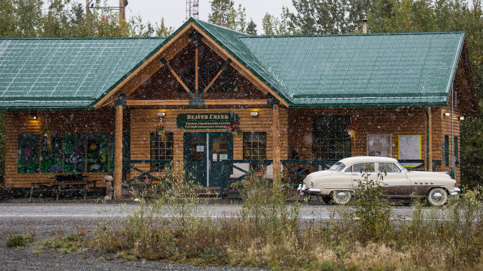 Snow coming down outside the Beaver Creek Visitor Centre