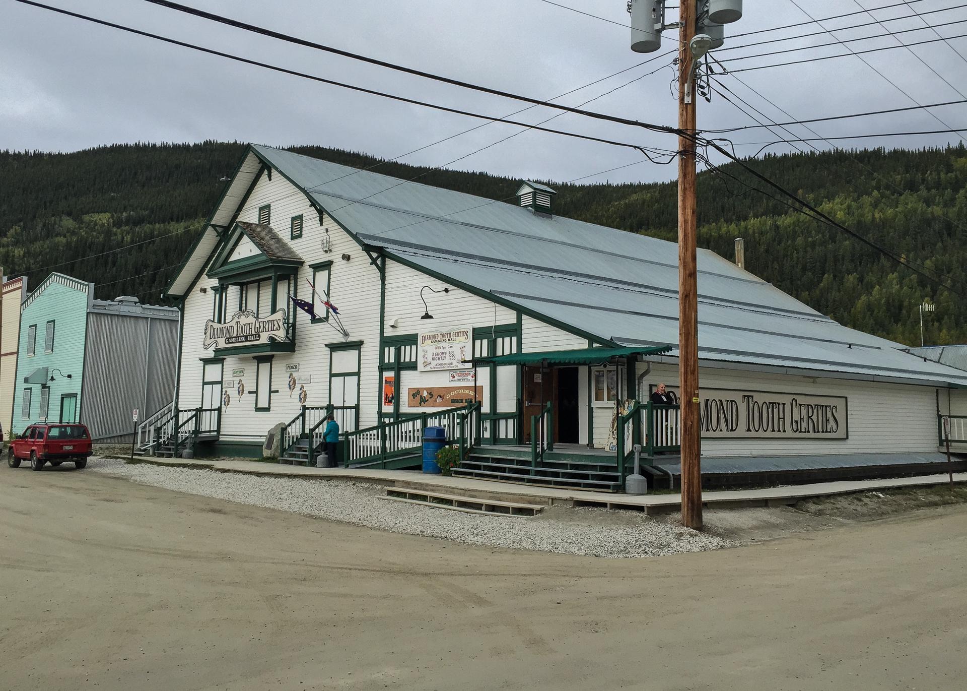 Yukon D10-51.jpg
