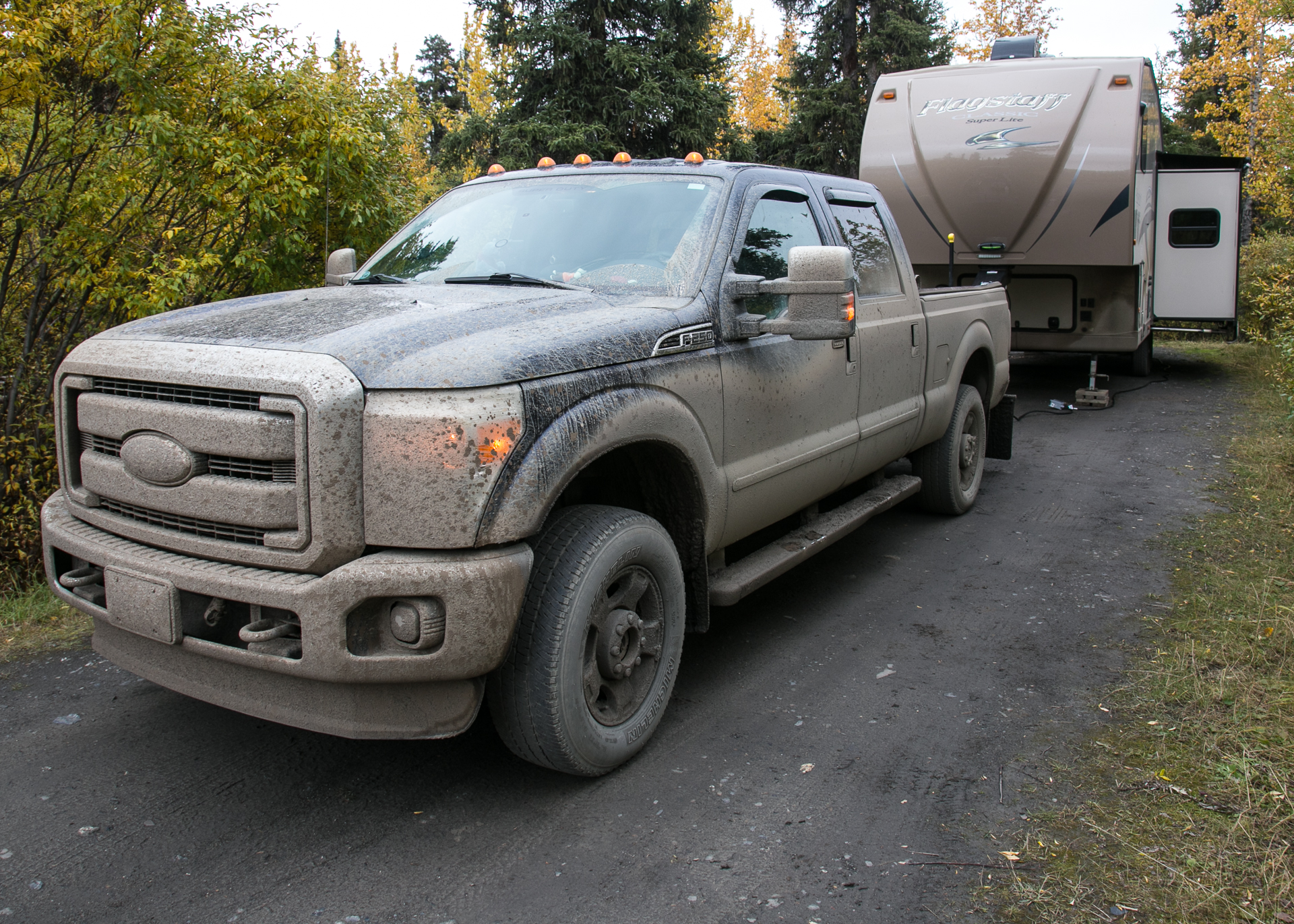 A better picture in the morning light showing how dirty the truck was. You couldn't even see light in the headlights.