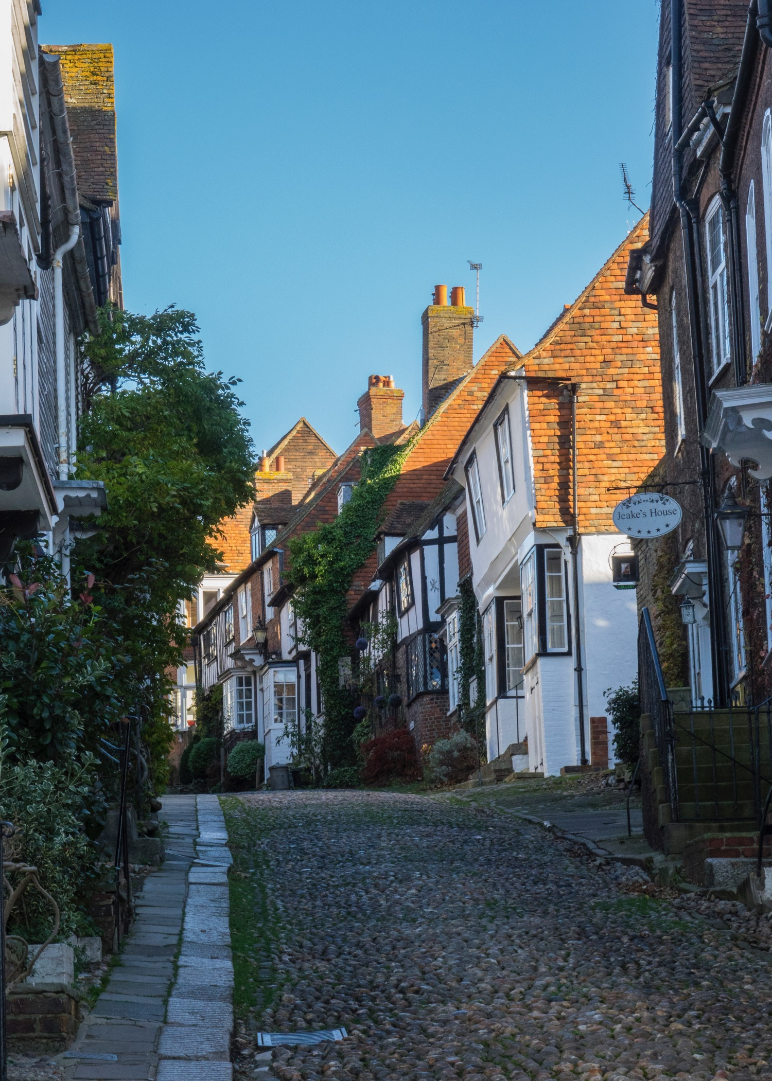 There were lots of cool cobbstone streets throughout the town to explore