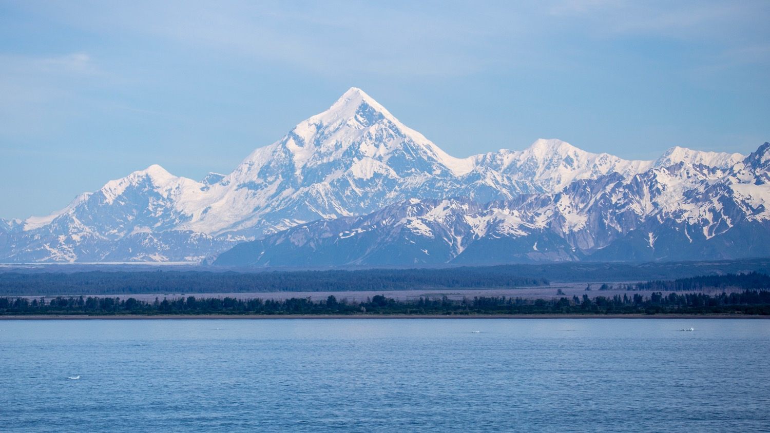 A better, more clear view of Mount Saint Elias