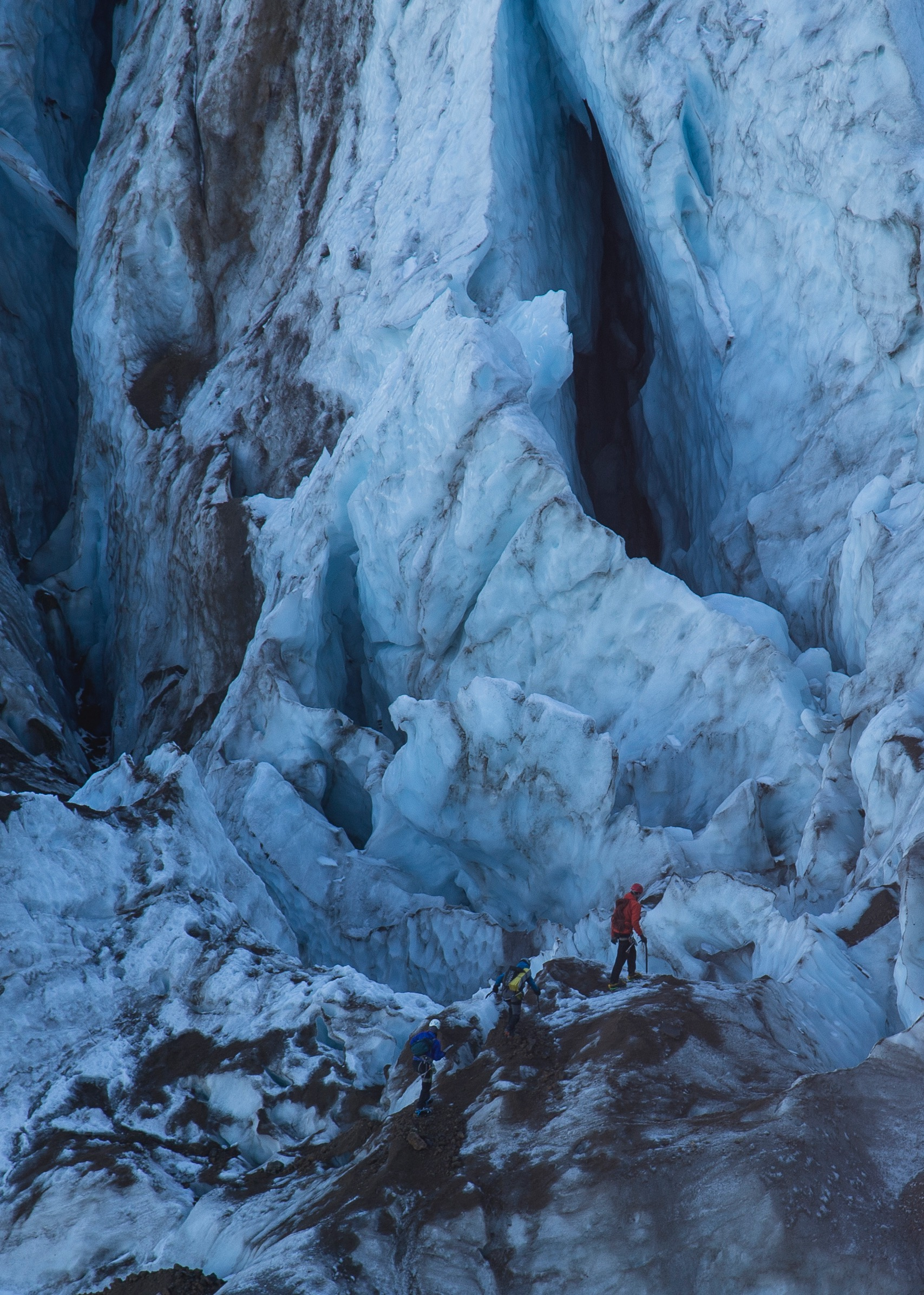For a sense of scale on how big the crevasses really are…