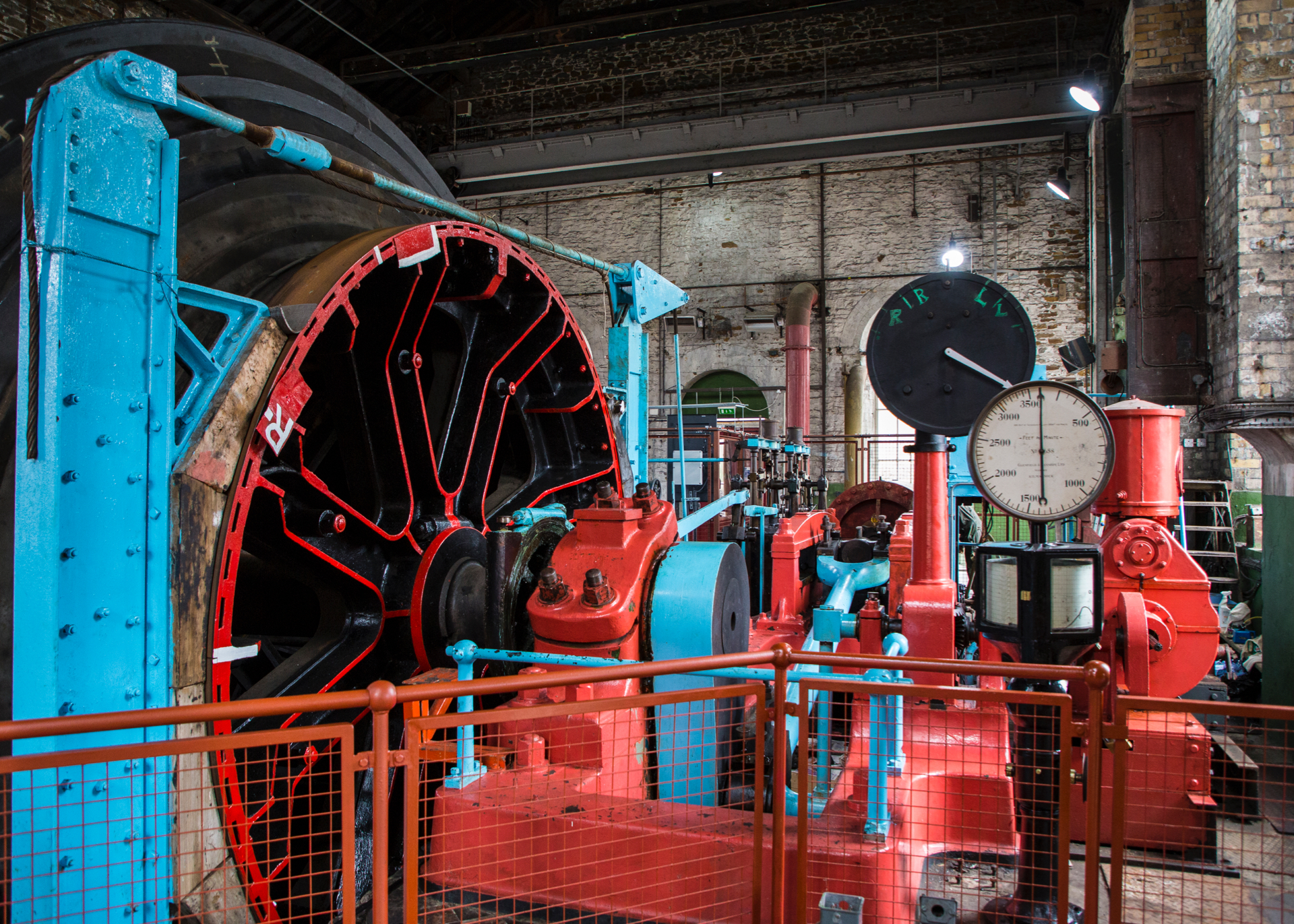 The steam-powered wheel for running the elevators.