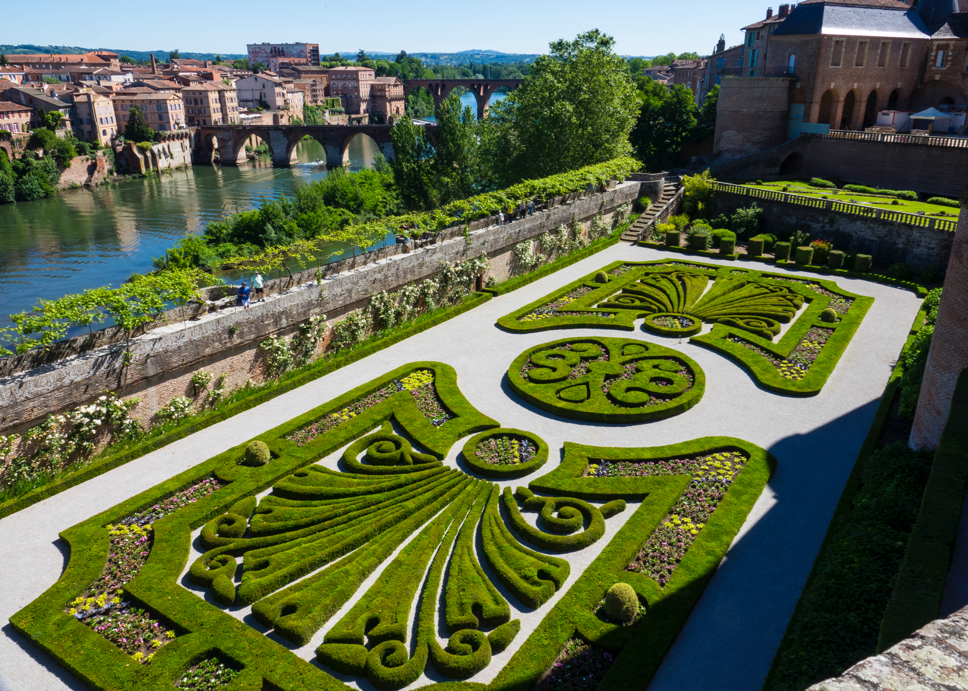 The formal gardens are so elaborate and beautiful to look at.
