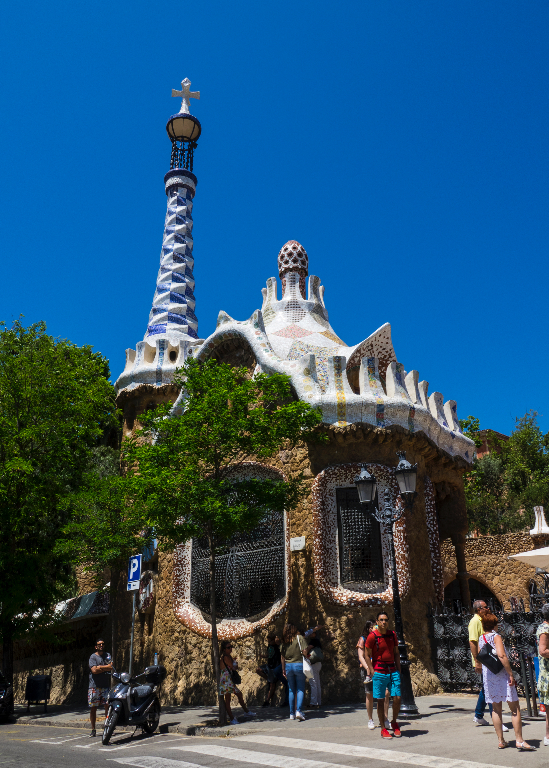 One of the fantastical entrances for the Park Guell.