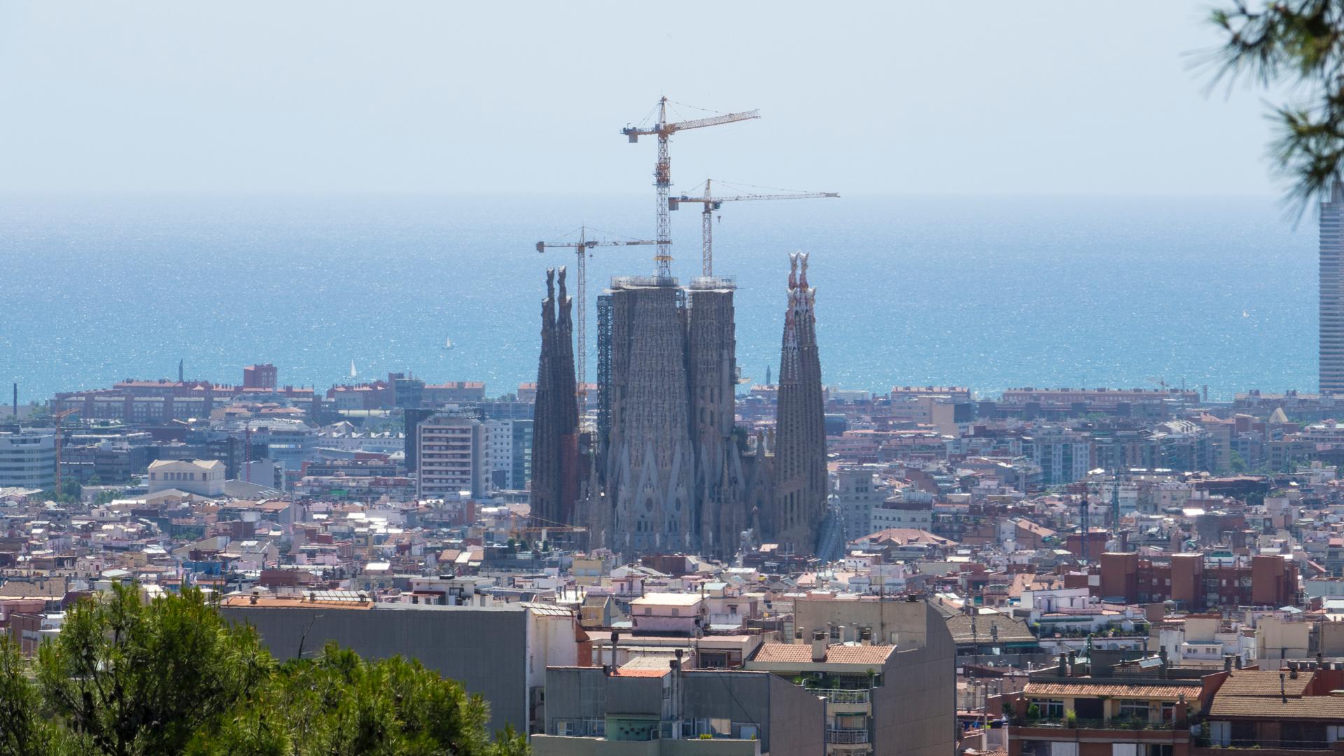While walking through the Park, you had a view down to Gaudi's primary masterpiece, Sagrada Familia.