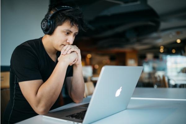 Studying online.jpg