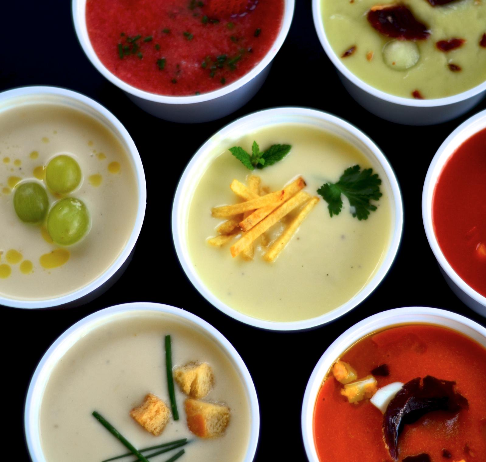 Affordable Premium Fast Food - Ofrecemos platos de cuchara, con cuidados ingredientes y elaboración casera, lo que se traduce en una calidad percibida muy superior al sector de los take away, donde el precio penaliza la calidad.