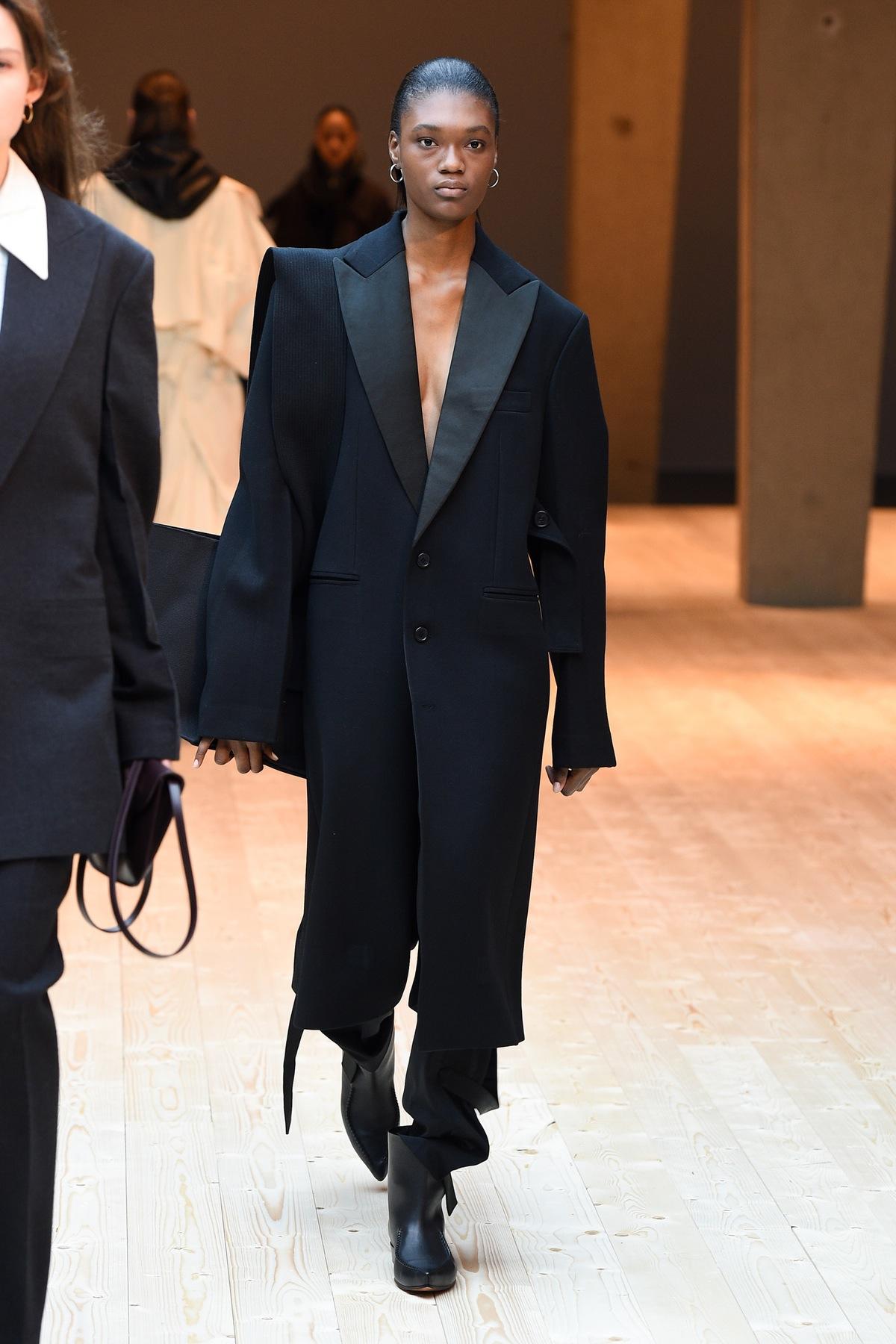 Céline Autumn 2017, image via The Business Of Fashion