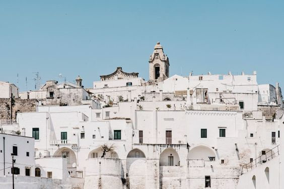 Is it okay to vlog from this place? Ostuni, Italy image by Salva Lopez