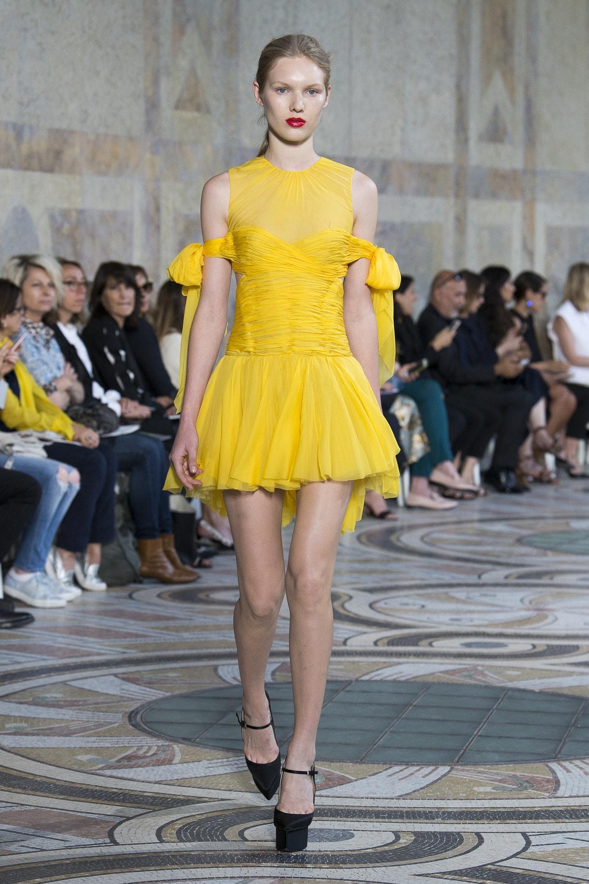 Giambattista Valli Autumn 2017 Haute Couture, image via The Business Of Fashion