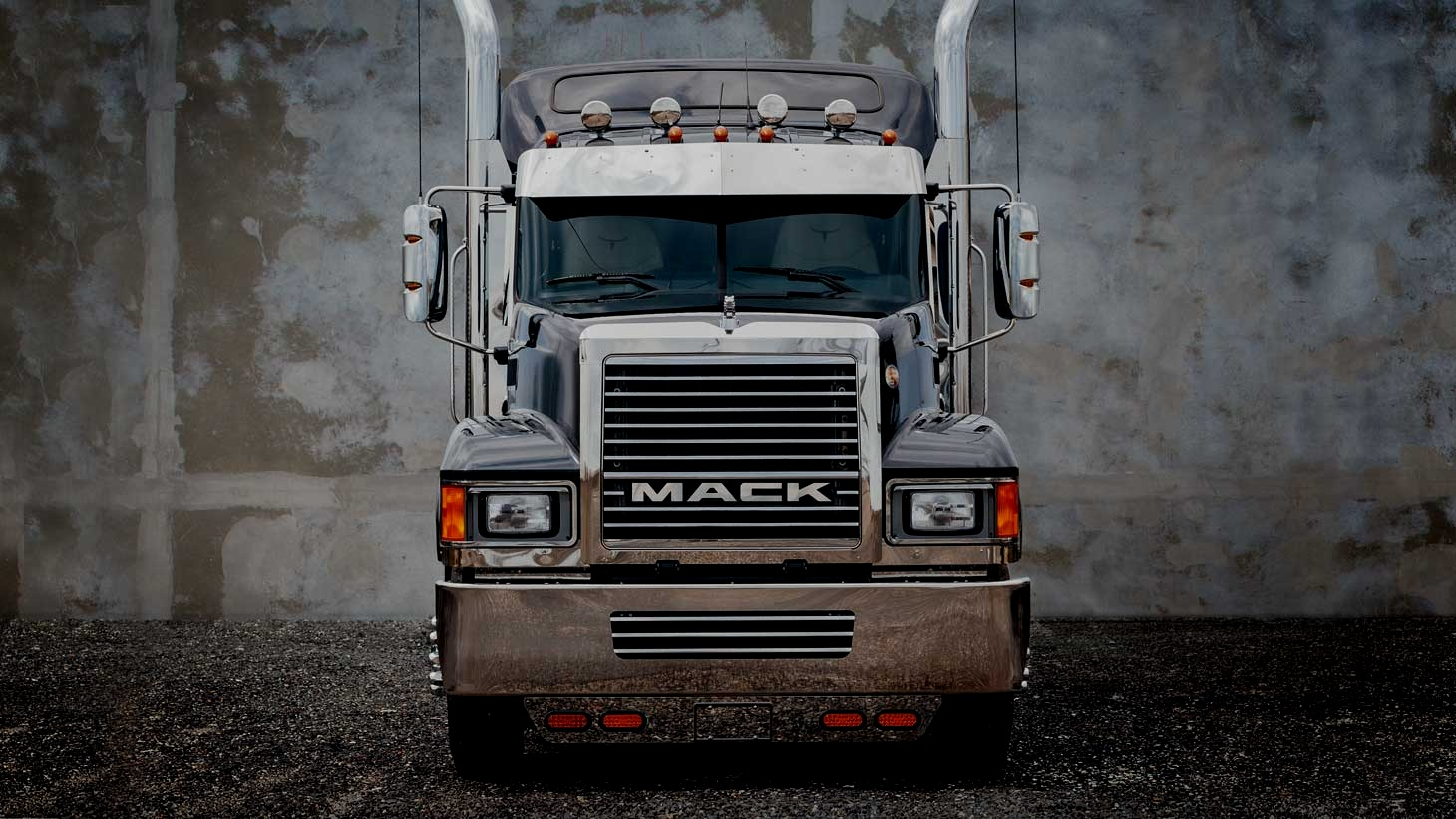 Mack Trucks - digital ecosytem + asset maanger