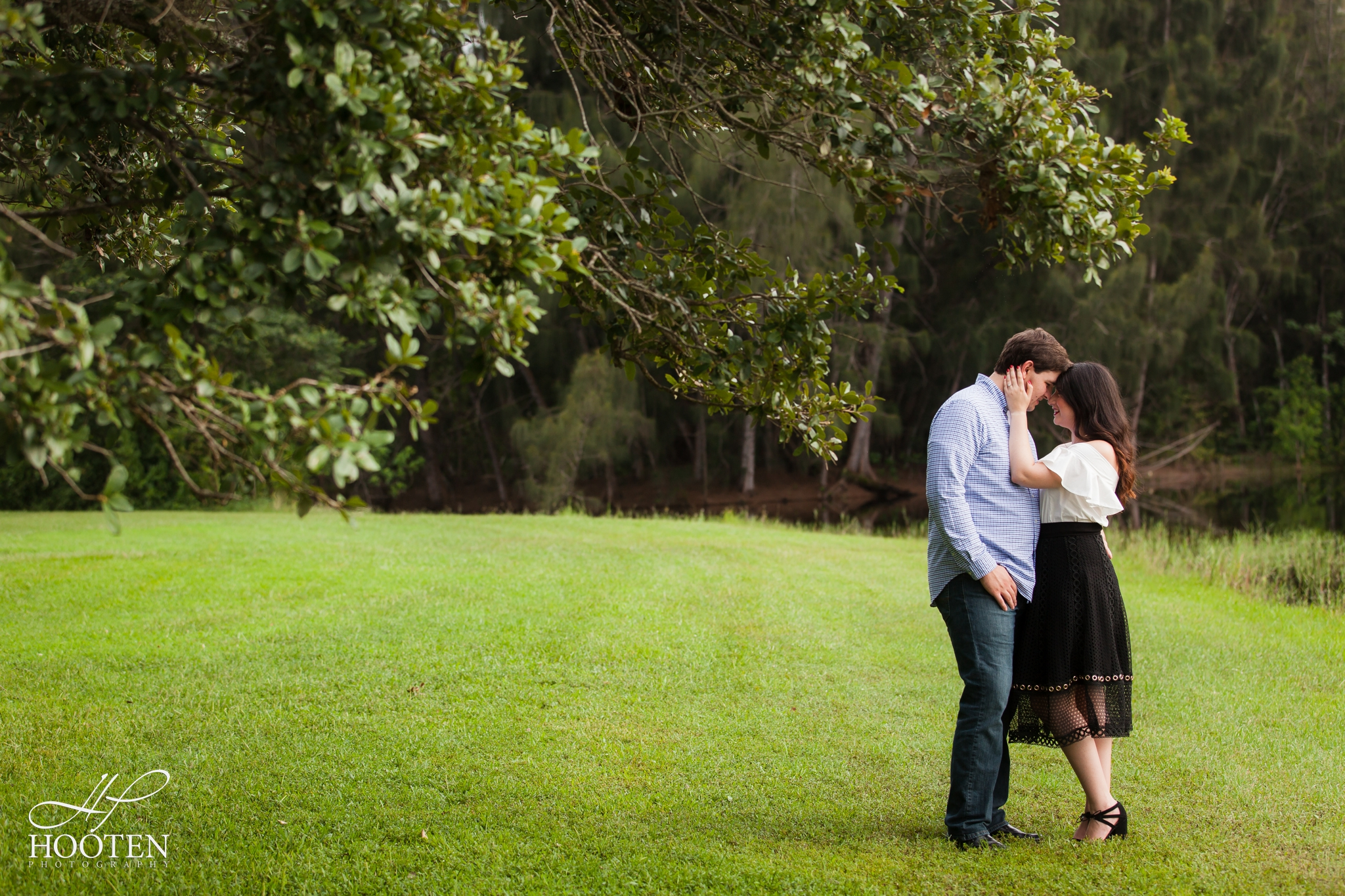 Tree-Tops-Park-Engagement-Session-Hooten Photography-7819.jpg