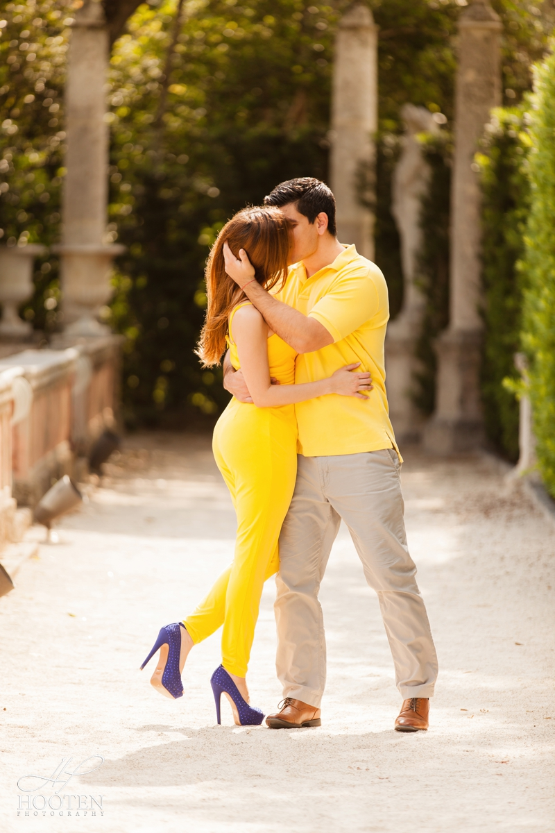 014.Miami-Wedding-Photographer-Vizcaya-Engagement-Session.jpg