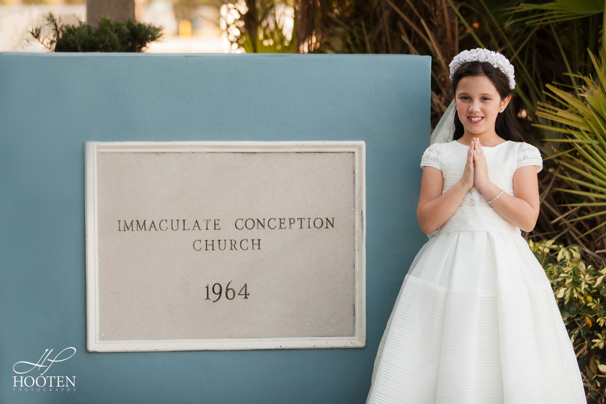 Immaculate-Conception-Catholic-Church-Communion-Portrait-Session-Hooten-Photography-14.jpg