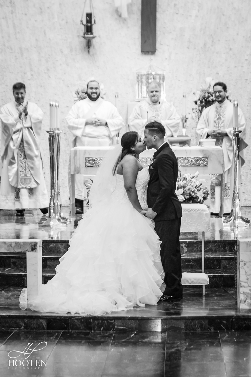 Milander-Center-Immaculate-Conception-Catholic-Church-Wedding-Hooten-Photography-96.jpg