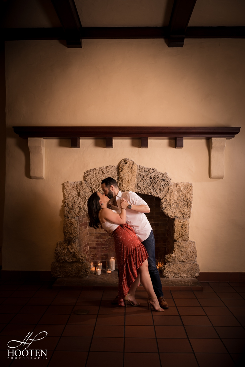 10.Curtiss-Mansion-Wedding-Engagement-Photos-Hooten-Photography.jpg