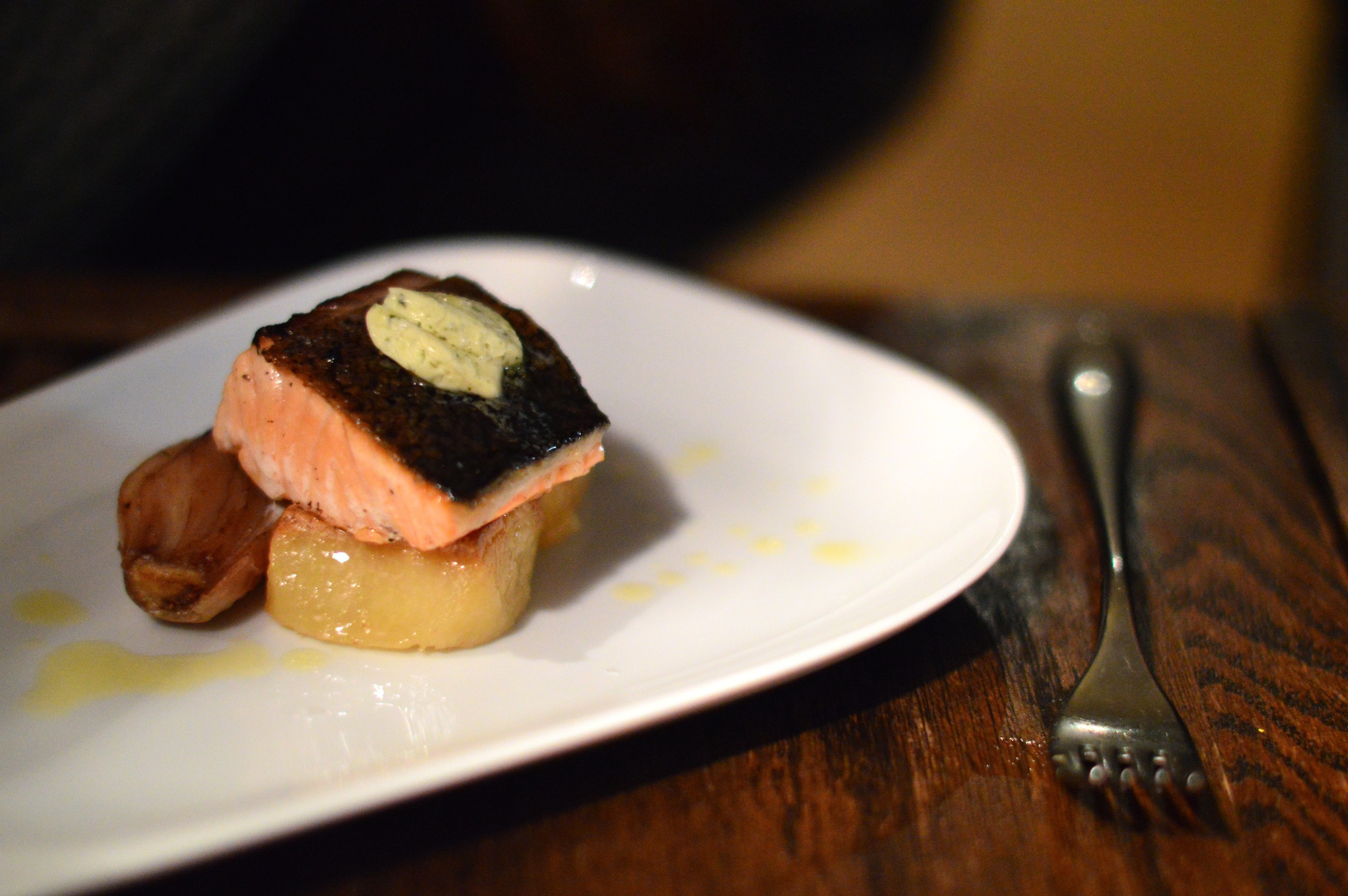 One of the mains was pan roasted salmon with tarragon butter, pommes fondant and roasted shallots.