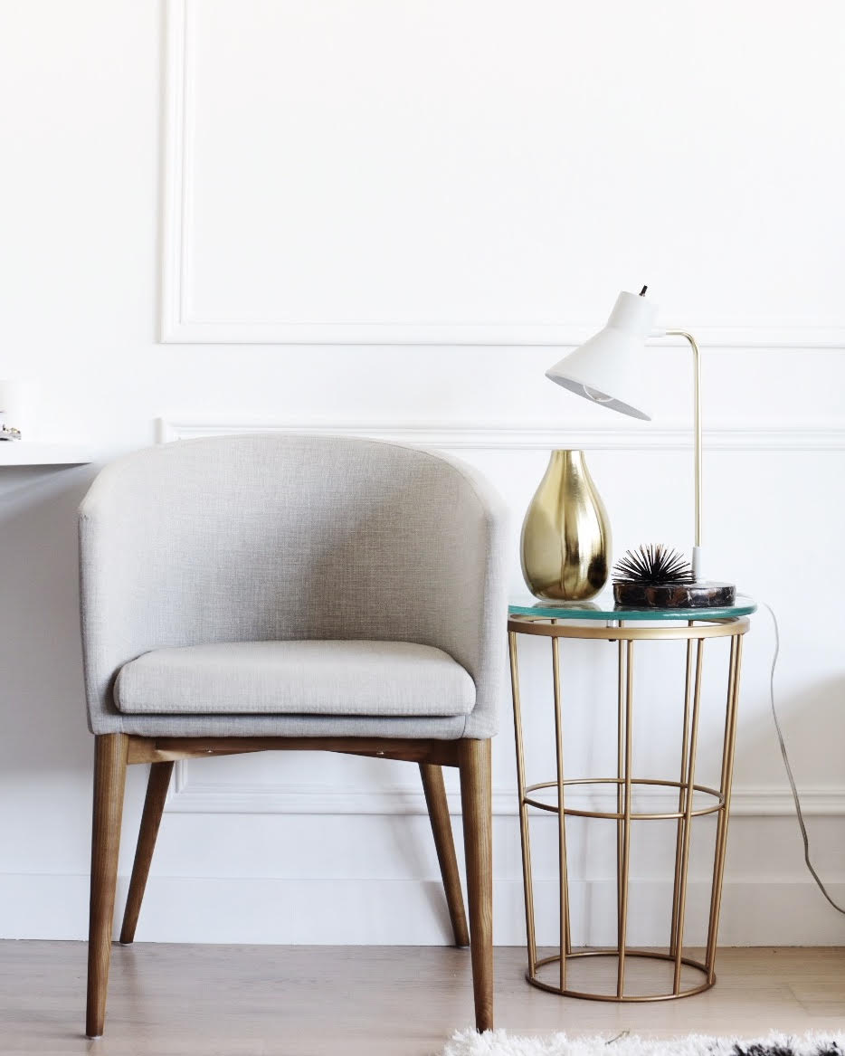 Small Spaces : Styling our Living Room