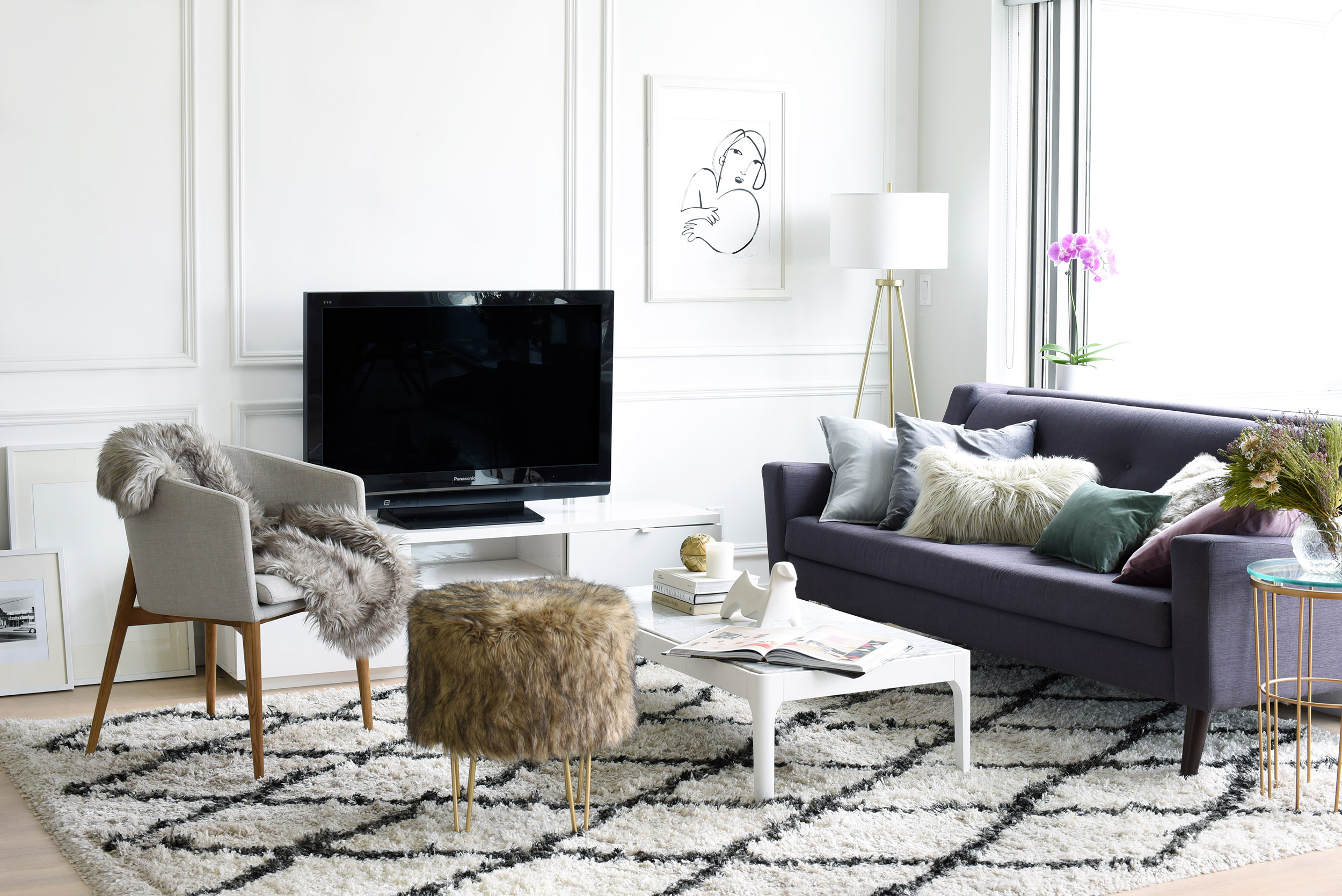 Small Spaces: How I Styled our Living Room