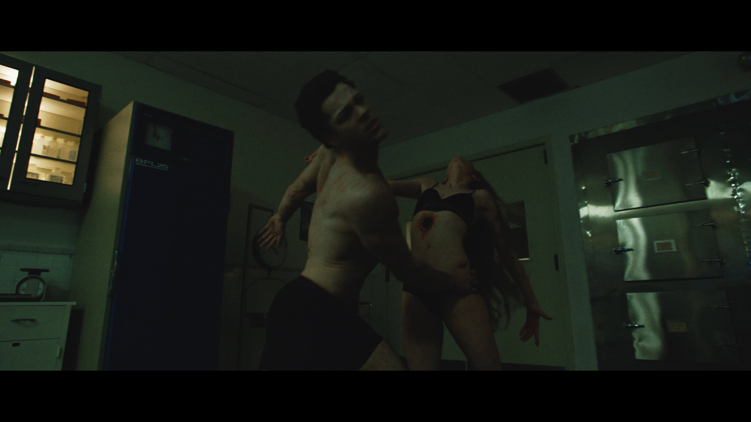Chris Lake - I Want You 4Kconf NR HL Mar17.01_01_47_23.Still023.jpg