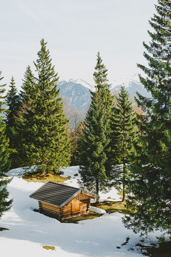 hiking in bavaria -- via up knörth