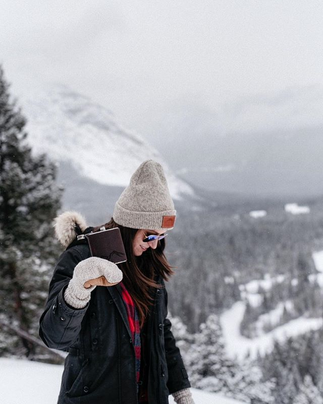 Thankful for whiskey among mountains. Shop early Black Friday deals with code WINTERREADY for 25% off your entire purchase. #upknorth #happythanksgiving 📷: @hennygraphy