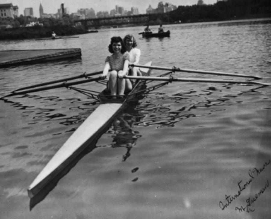 1938  Stella Sokolowska Peters (bow),Betty McManus Wilkins (stroke)