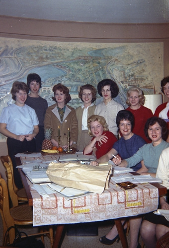 1958  (back row L-R) Kathy Mcgovern, Tee Dee Regan, Pat McGovern, Carol Scullion, Irene Conlon  (front row L-R) Joanne Wright, Marge Daly, Vivian Jones Leonard
