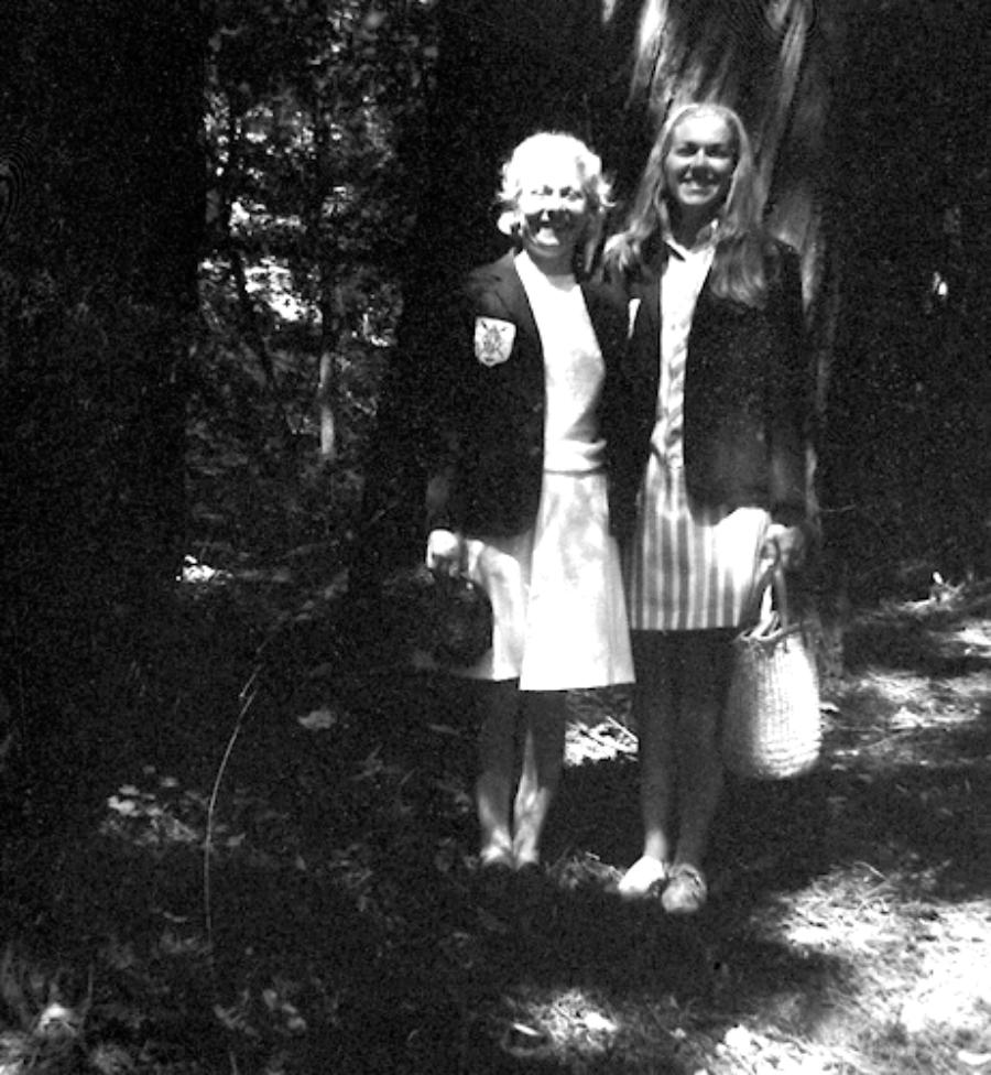 1967, Muir Woods in California  (L-R) Sophie Socha, Janice Saudargas