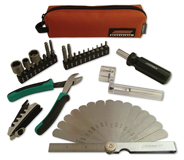 cruztools_maintenance_guitar_kit.jpg