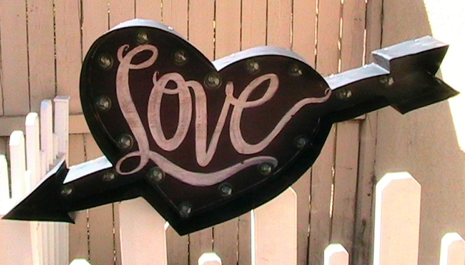 LoveHeart.JPG