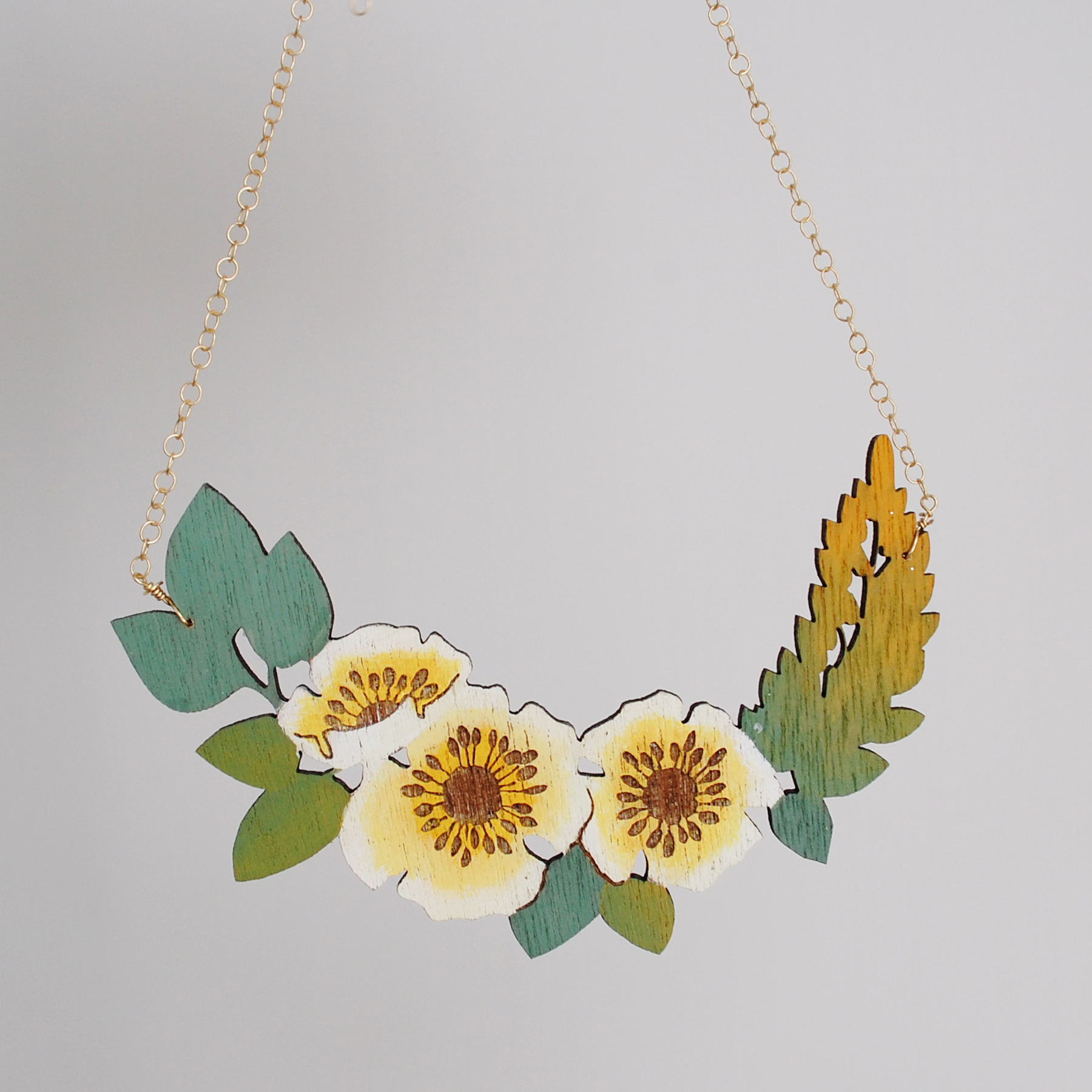 Rose_Yellow_Green_Necklace_01.jpg