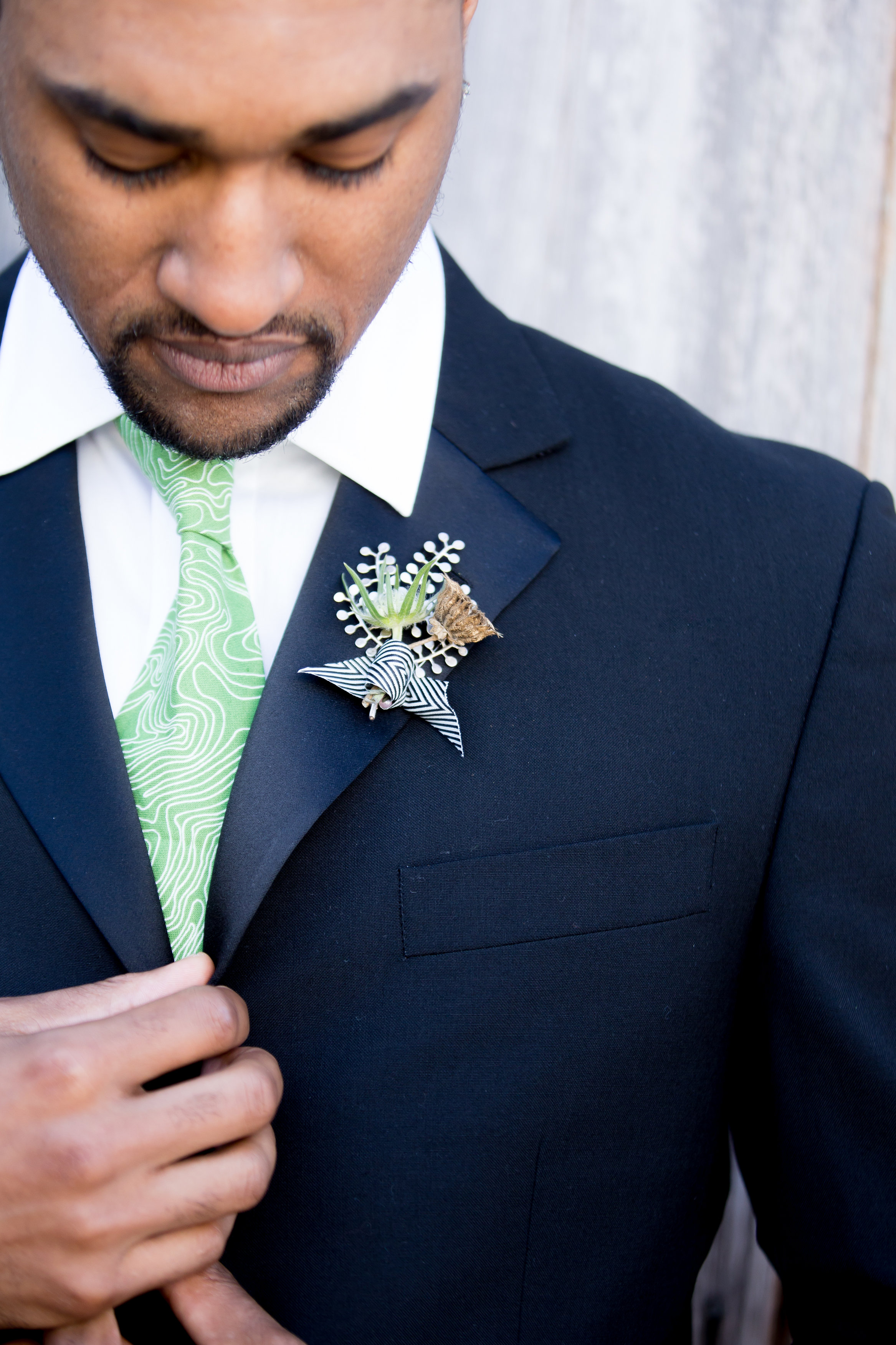 JennaBethPhotography-LGWConservatory-green-tie-this-humble-abode.jpg