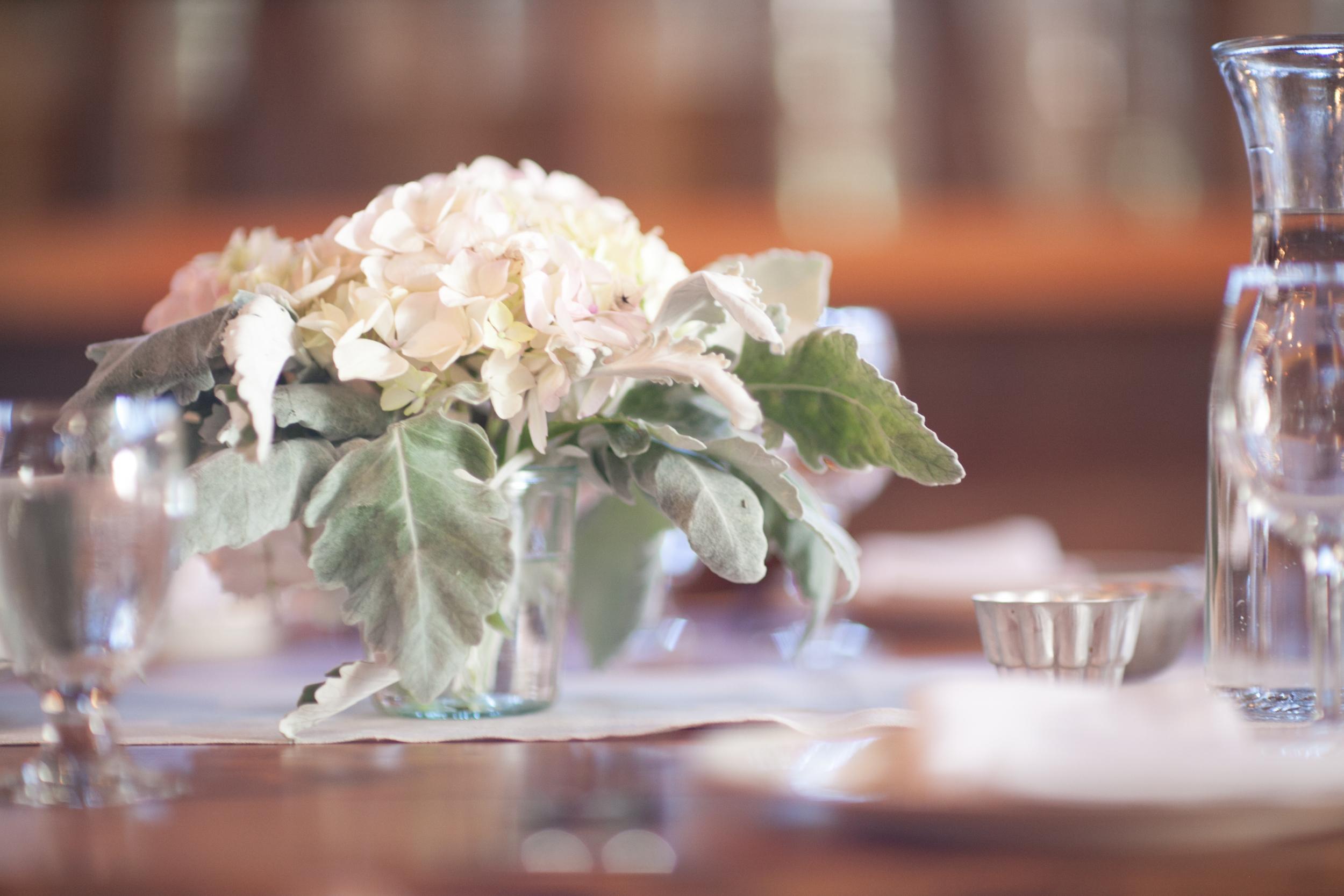 Wedding-White-Hydrangea-Farm-Weck-Jar.jpg