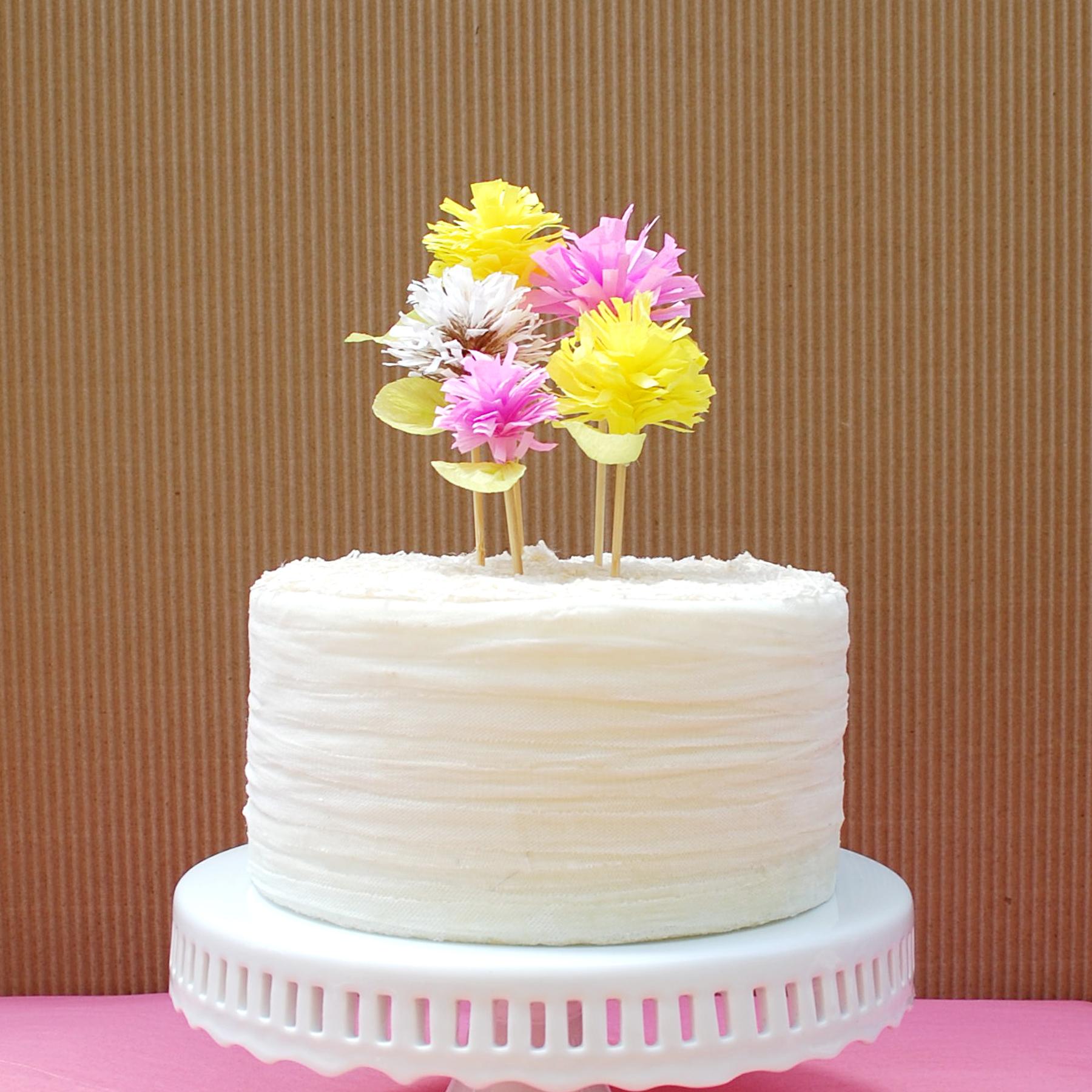Crepe-Paper-Flower-Cake-Toppers-02.jpg