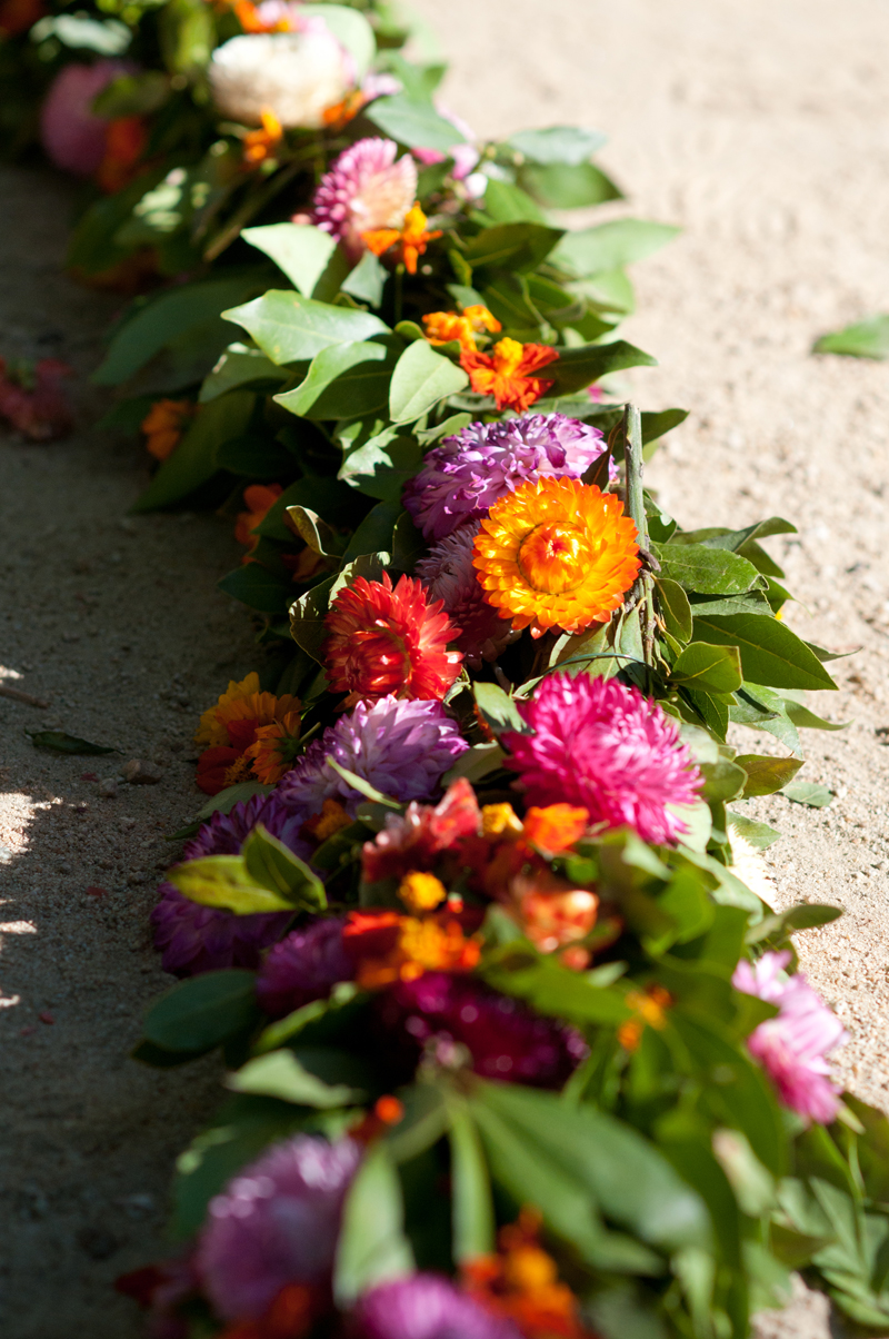 Campovida_Ceremony_Flowers_Garland.jpg