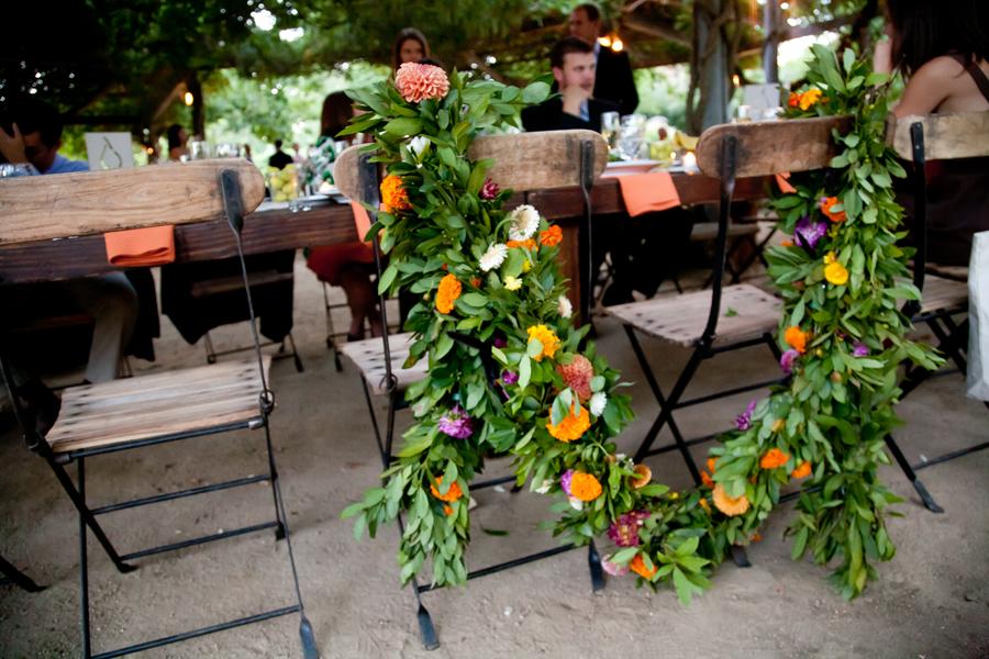garland-wedding-bride-groom-chair.jpg