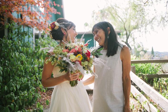 wearetheparsons-mayacamas-bride-mom-bouquet.jpg