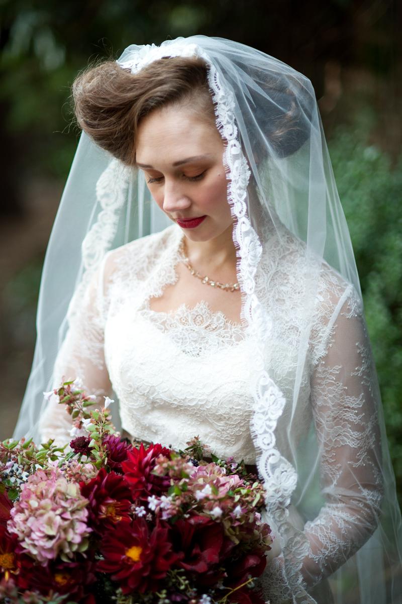 bride-amy-kuschel-dress-vail-wedding-lgw.jpg