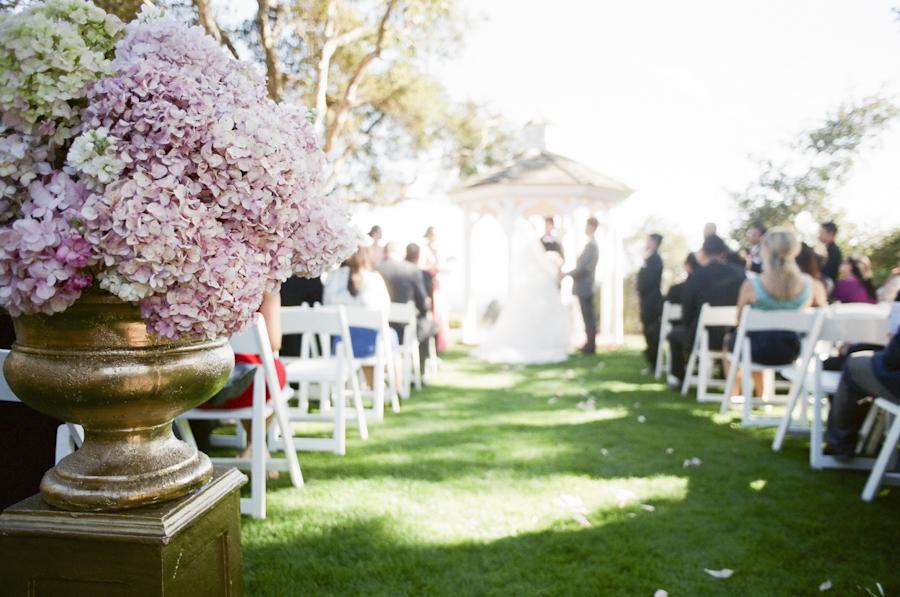 wedding-ceremony-flowers-photojournalism-by-helios.jpg