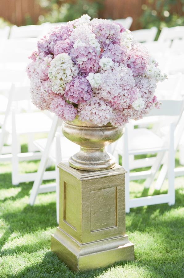 wedding-pink-hydrangea-gold-urn-ceremony-flowers-photojournalism-by-helios.jpg