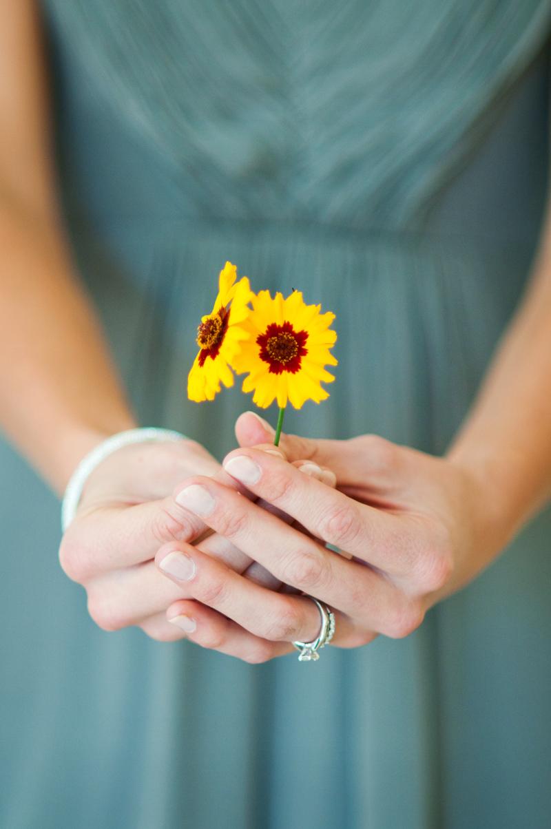 Park-winters-wedding-yellow-flowers.jpg